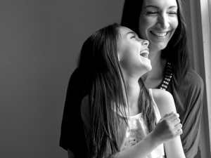 Tammy-Swales-Rochester-NY-Photographer-Portraits-mother-daughter-laughing-studio
