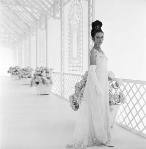 Audrey-in-My-Fair-Lady-audrey-hepburn-11216574-880-900