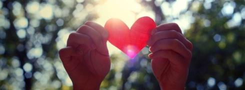 Love-Heart-Hands-851x315