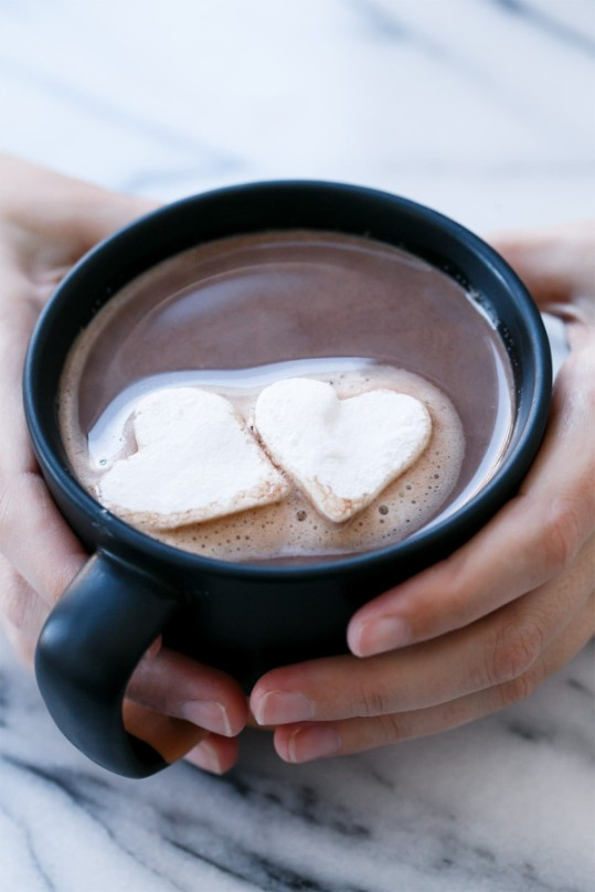 salted-vanilla-hot-chocolate4-600x900